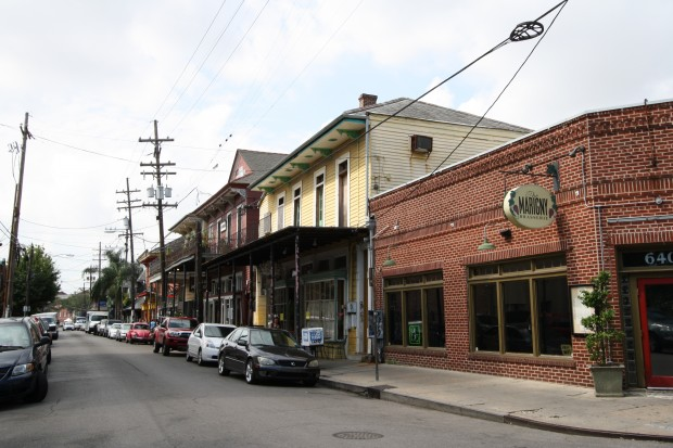 walkable new orleans neighborhoods