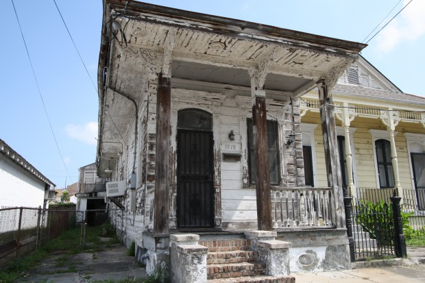 Bywater architecture