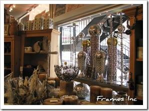 Frames Inc 003
